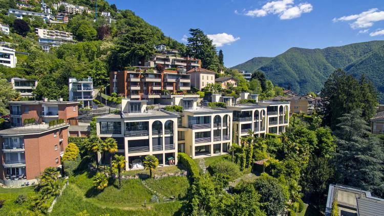 Villa con splendida vista lago a Lugano Ruvigliana