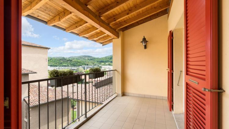 2.5 locali mansardato in tipica casa ticinese a Stabio